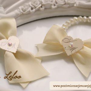 Biserne narukvice s inicijalima