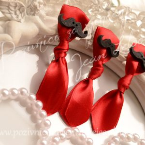 Rever kravata